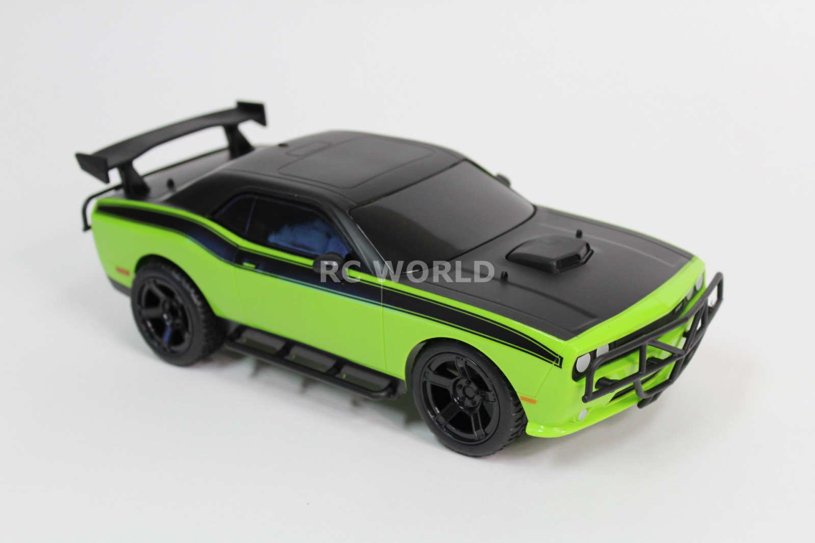 how fast does the dodge challenger go autos post. Black Bedroom Furniture Sets. Home Design Ideas