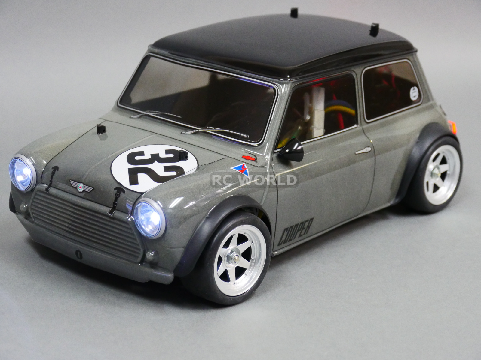 1 5 scale electric rc cars with 182121982134 on Remote Control Gas Powered R age Xt R C Monster Truck 1 5 Scale also Tamiya TA07 Pro Chassis 110 RC Model Car Electric Road Version 4WD Kit also Tamiya 58324 110 Rc Volkswagen Racetouareg Dakar Rally P 3400 as well Tamiya Tb 05 Pro Chassis Kit in addition Rc Bus.